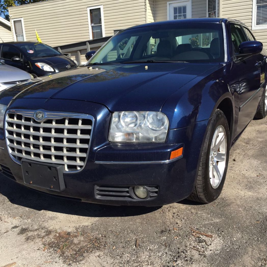 2006 Chrysler 300- 168000 Miles